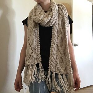 H&M Divided Cream Knit Long Scarf